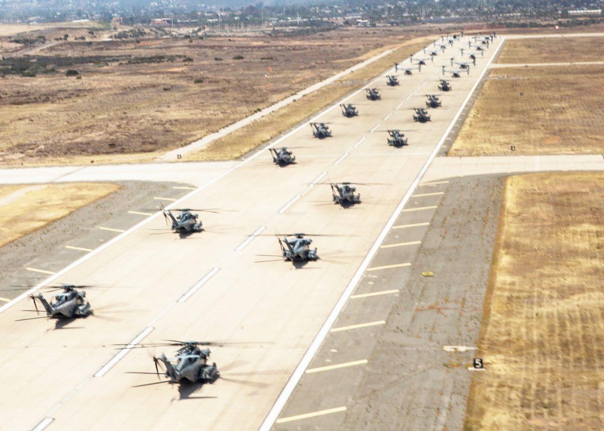 CH-54E Super Stallion elephant walk