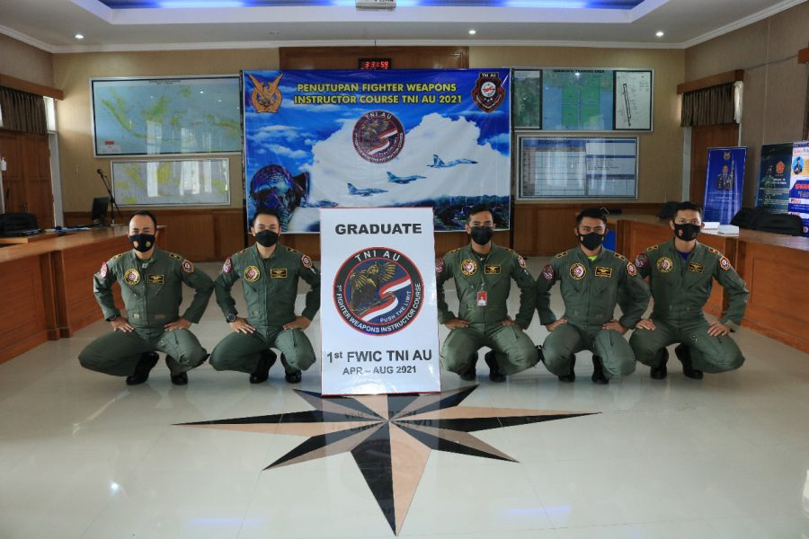 Penerbang lulusan FWIC TNI AU