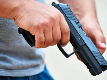 Pistol Aspid