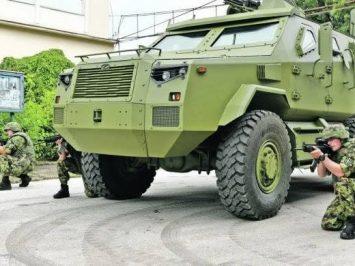 MRAP 6X6 Zastava M20 tampil di pameran Partner 2021